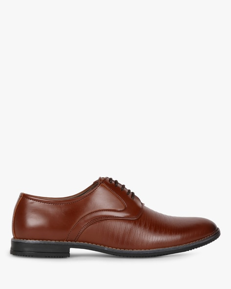 Textured Lace-Up Oxford Shoes By ESCARO ( Brown )