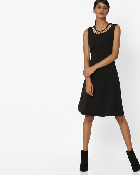 8be75c135ced Buy Black Dresses for Women by Deal Jeans Online