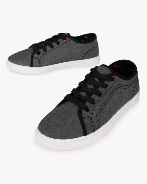 Panelled Low-Top Casual Shoes By AJIO ( Black ) - 460212510001