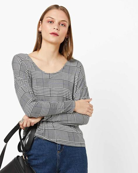 Checked Houndstooth Top With Drop-Shoulder Sleeves By AJIO ( Black )