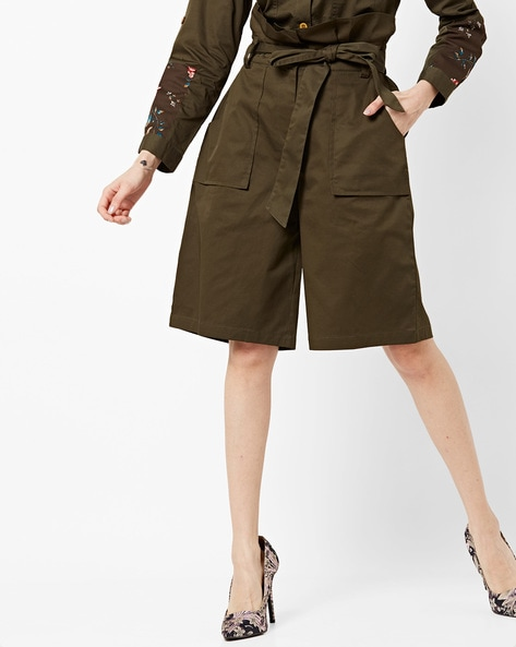 Mid-Rise Shorts With Paper Bag Waist By AJIO ( Olive )