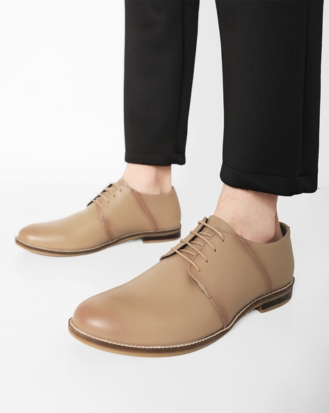 Lace-Up Leather Derby Shoes By UNITED COLORS OF BENETTON ( Tan )