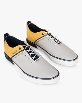 Colourblock Lace-Up Casual Shoes