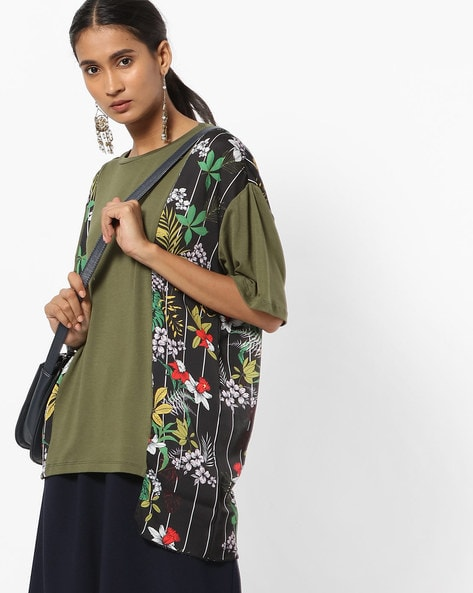 Printed Panelled Crew-Neck T-shirt With Drop-Shoulder Sleeves By AJIO ( Olive )