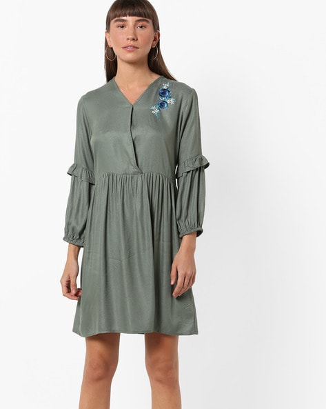 V-neck Shift Dress With Ruffle Panels By AJIO ( Green )