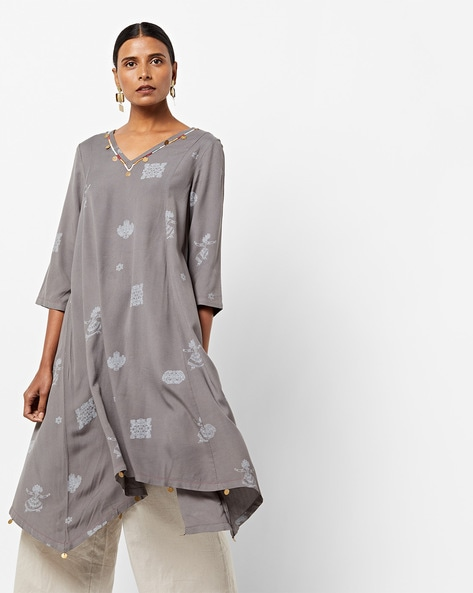 V-neck Flared Kurta With Asymmetric Hem By AJIO ( Grey )