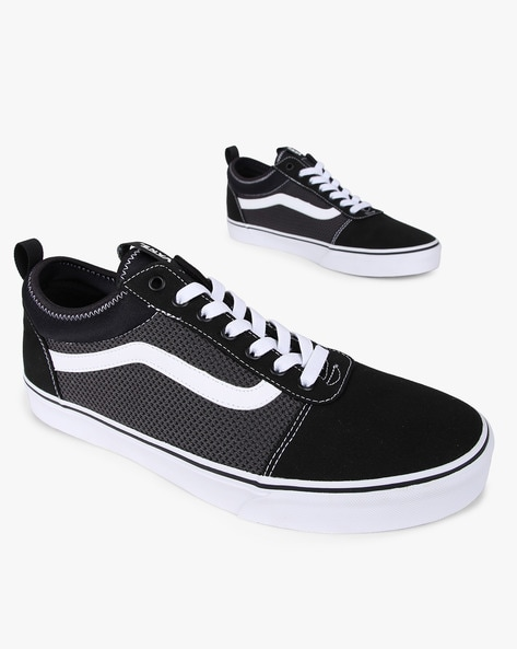 Panelled Lace-Up Casual Shoes By Vans ( Black )