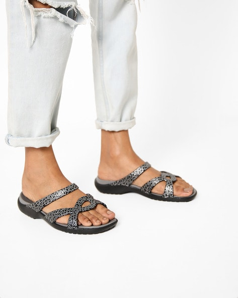 3208b14b9dfe Ajio Sale - Up To 60 Percent Off . Buy online at Up To 60 Percent Off