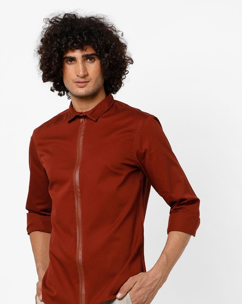 Slim Fit Shirt With Front Zipper By AJIO ( Rust )