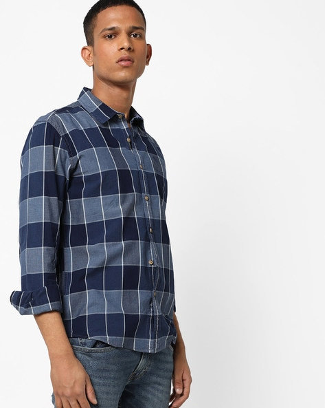 Checked Shirt With Patch Pocket By FLYING MACHINE ( Navy )