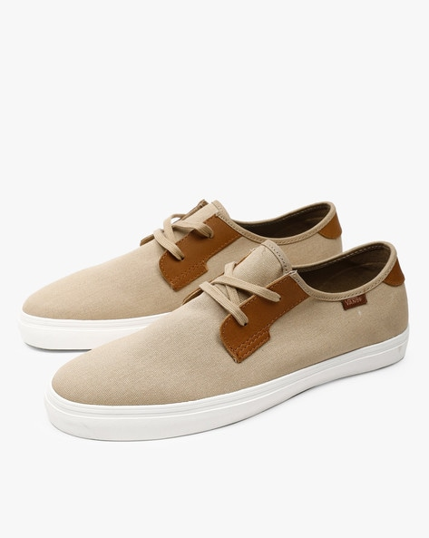 Low-Top Lace-Up Casual Shoes By Vans ( Brown )