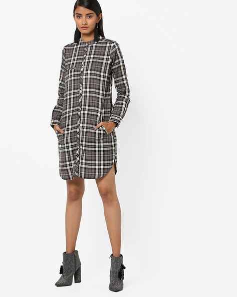 Checked Shirt Tunic With Welt Pocket By And ( Black )